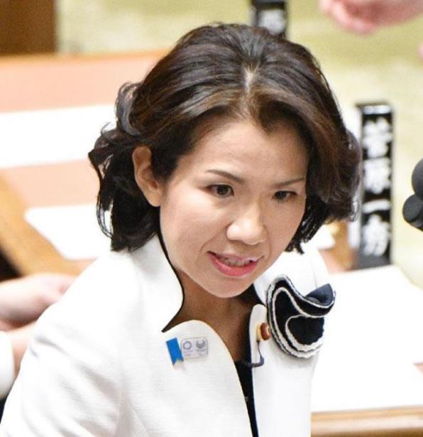 ToyotaYumiko_photo2
